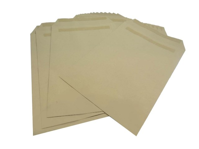 250 x C4/A4 Manilla Plain Self Seal Brown Envelopes 324x229mm 80gsm