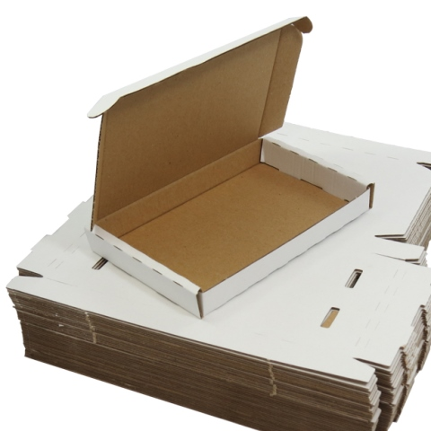 1000 x White PIP Royal Mail MAXIMUM LARGE LETTER SIZE Postal Cardboard Boxes 349x249x24mm (LLWHT2)